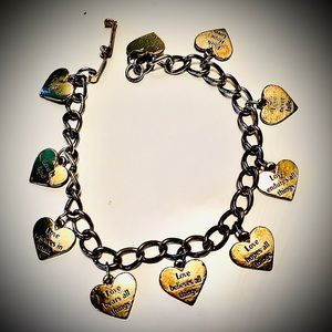 🎁{1 Corinthians 13} VTG Gold Tone Charm Bracelet